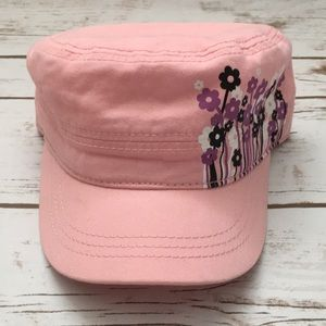 [Pugs Gear] Flower Graphic Cadet Hat